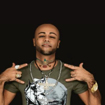 Portrait von Rapper Baby Brown